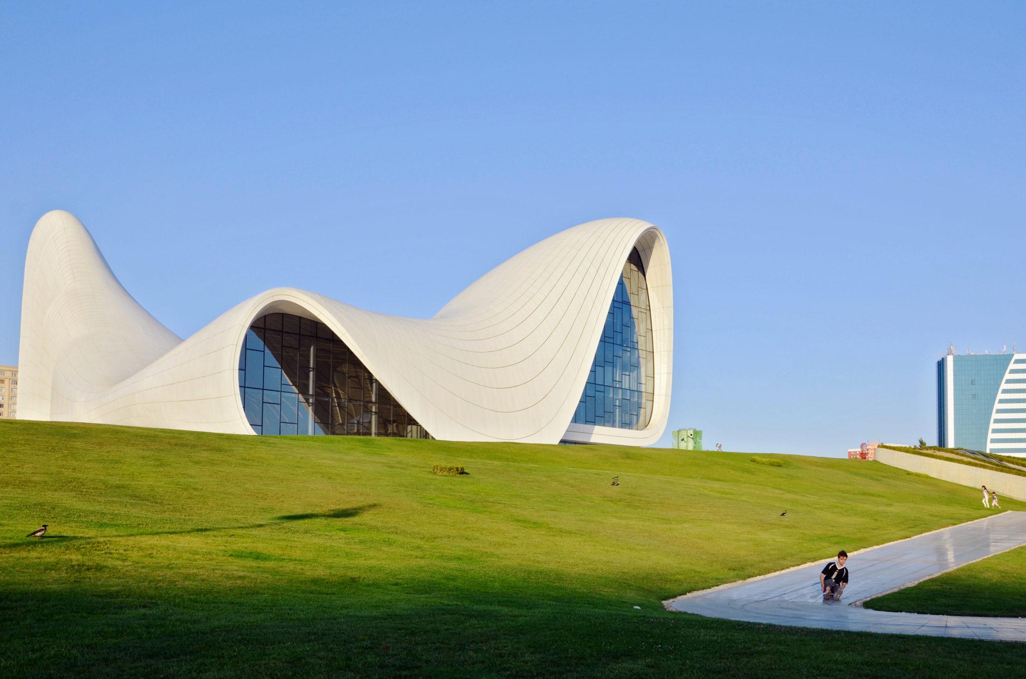 Baku-Azerbaijan-Heydar-Aliyev-Center-Zaha-Hadid