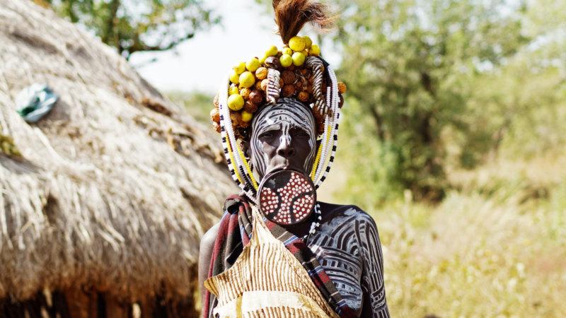 Mursi-people-Ethiopia-lip-plate-woman