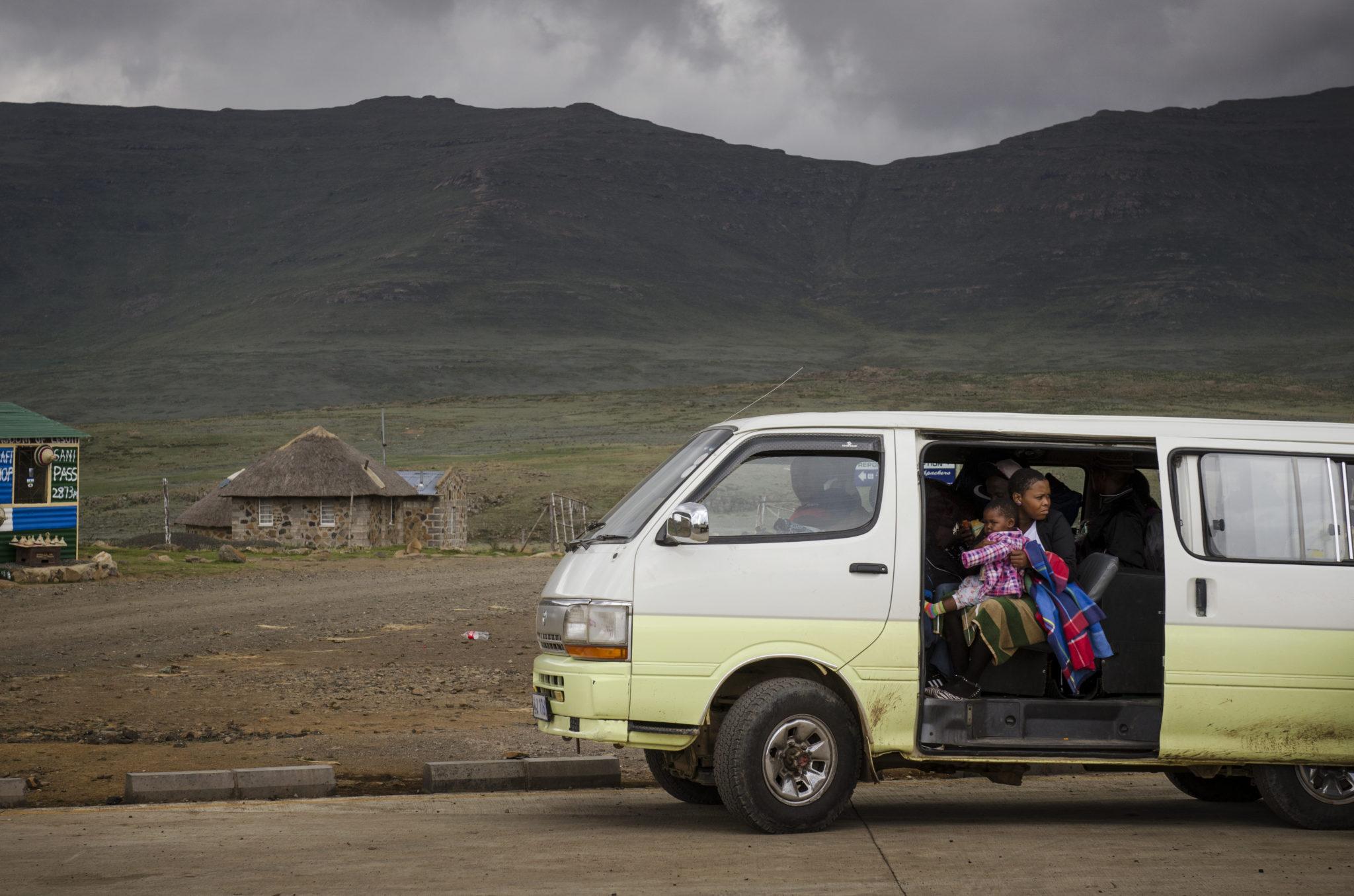 Sani-Pass-Drakensberg-South-Africa-locals