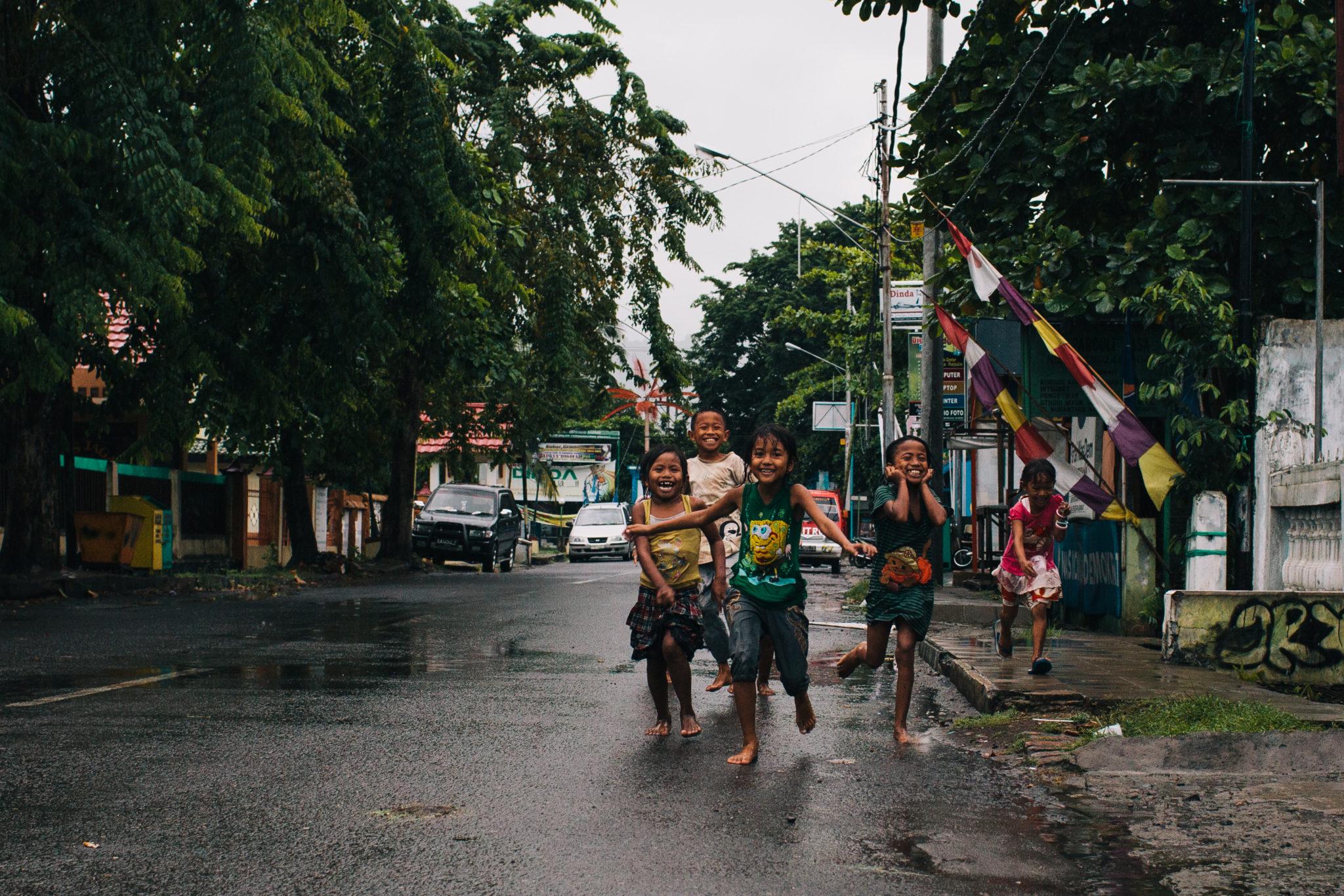 Sumbawa-Indonesia-Children