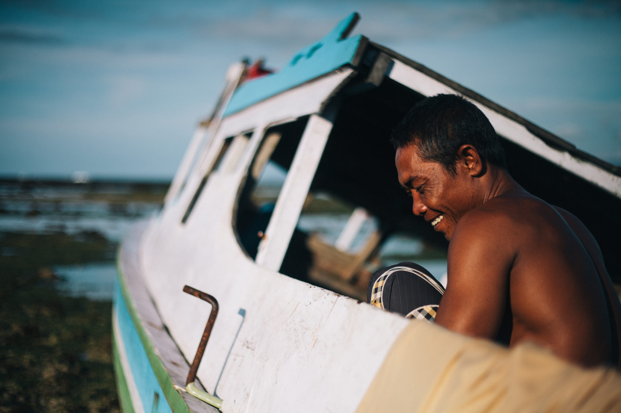Sumbawa-Man-Fisherboat