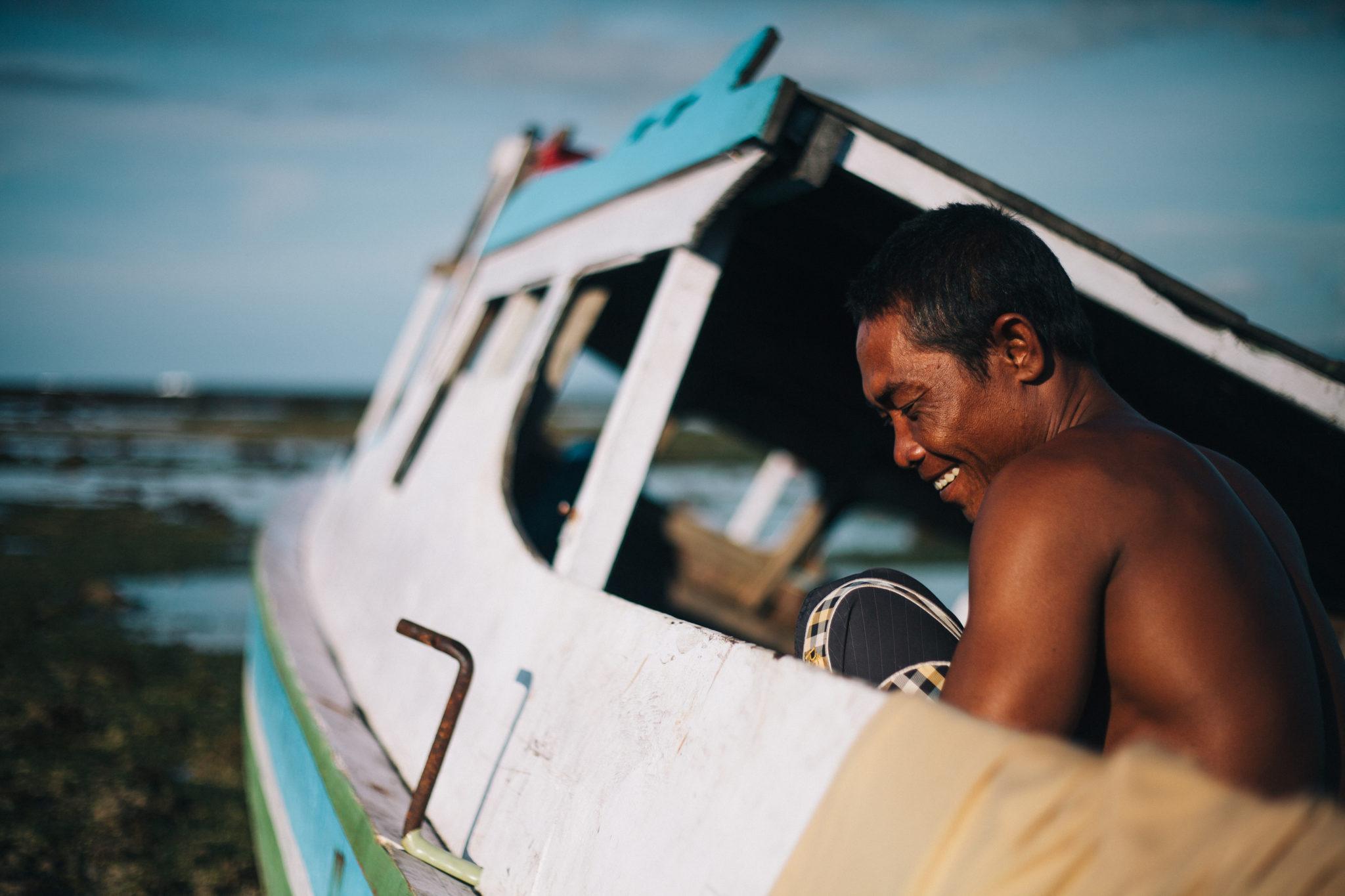 Sumbawa-Man-Fisherboat