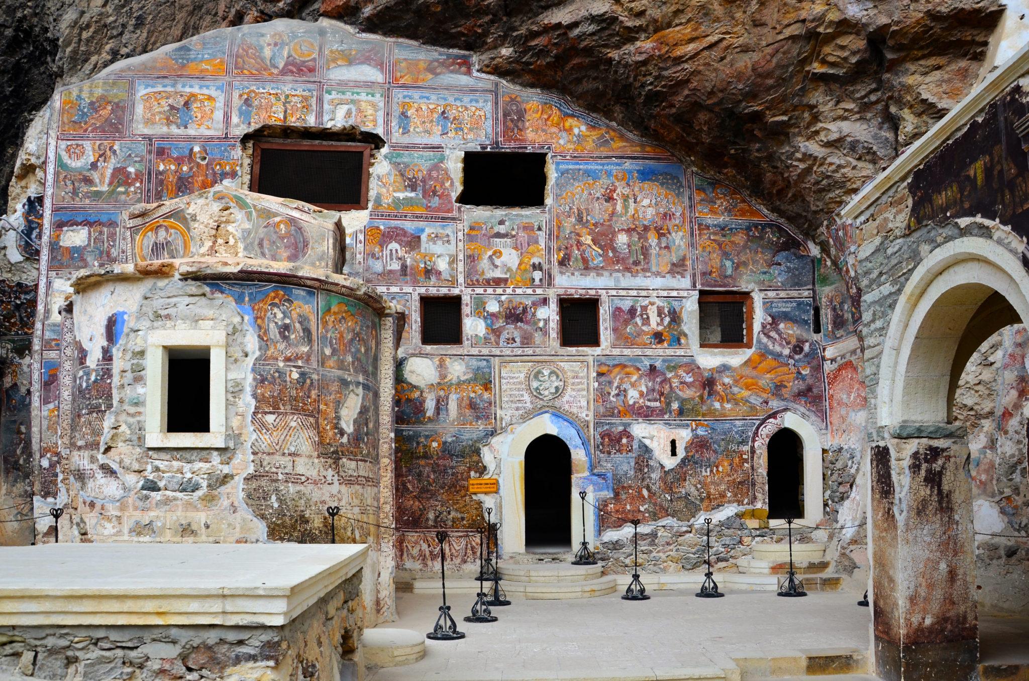 Sumela-Monastery-panorama-view