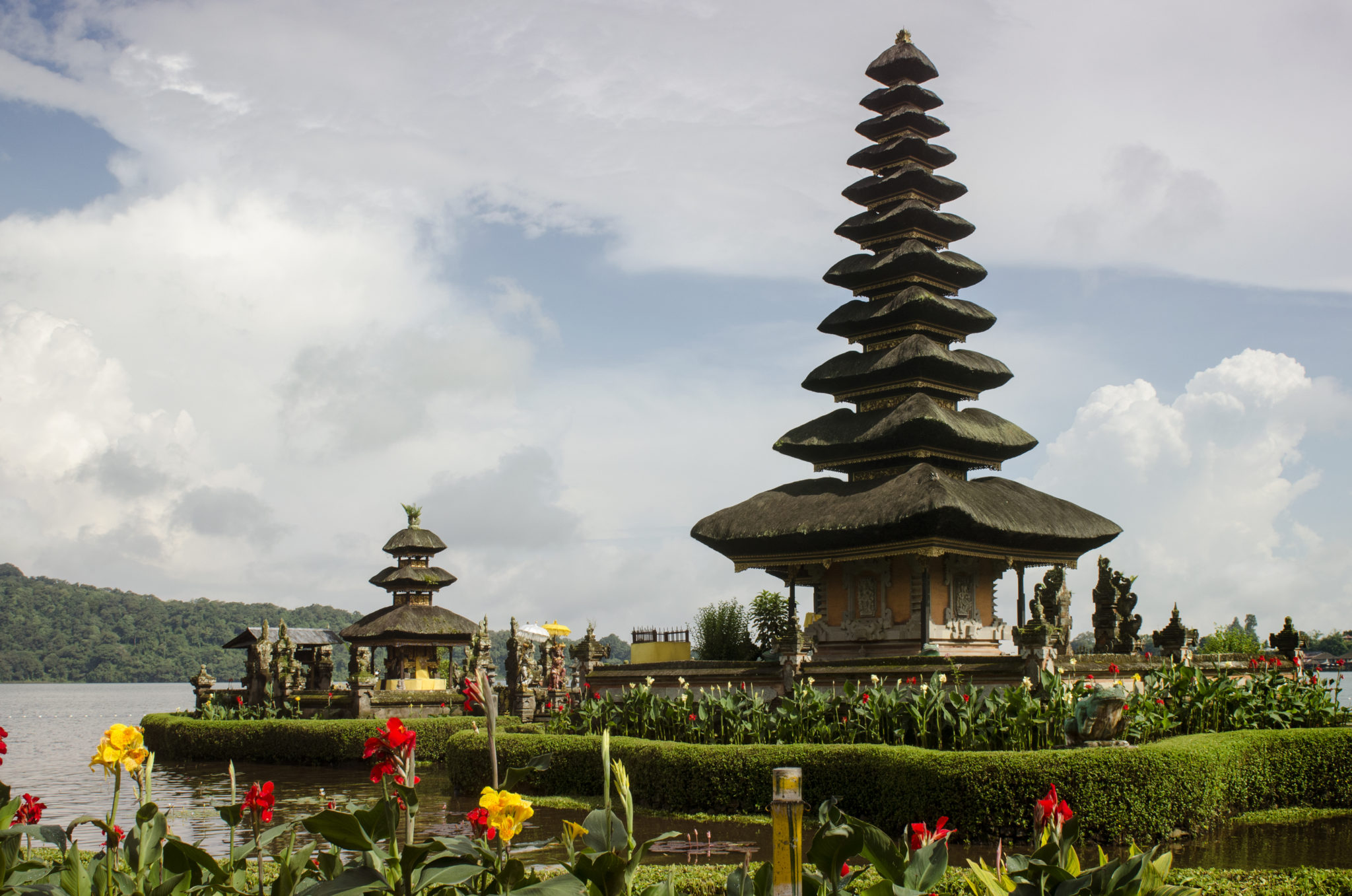 Indonesia-travel-guide-Tirta-Empul