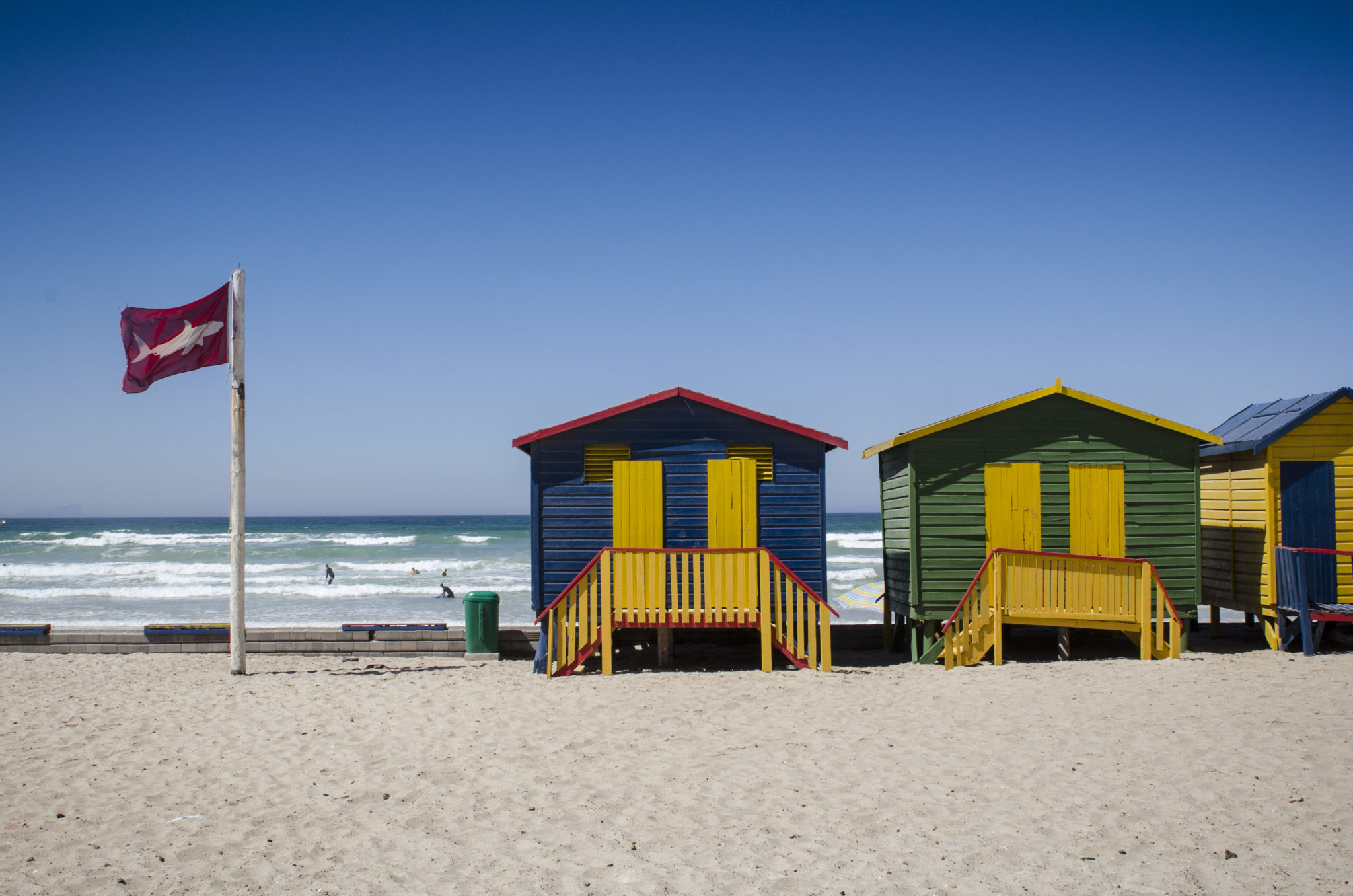 Things-to-do-in-South-Africa-Muizenberg-Beach-Colourful-Houses
