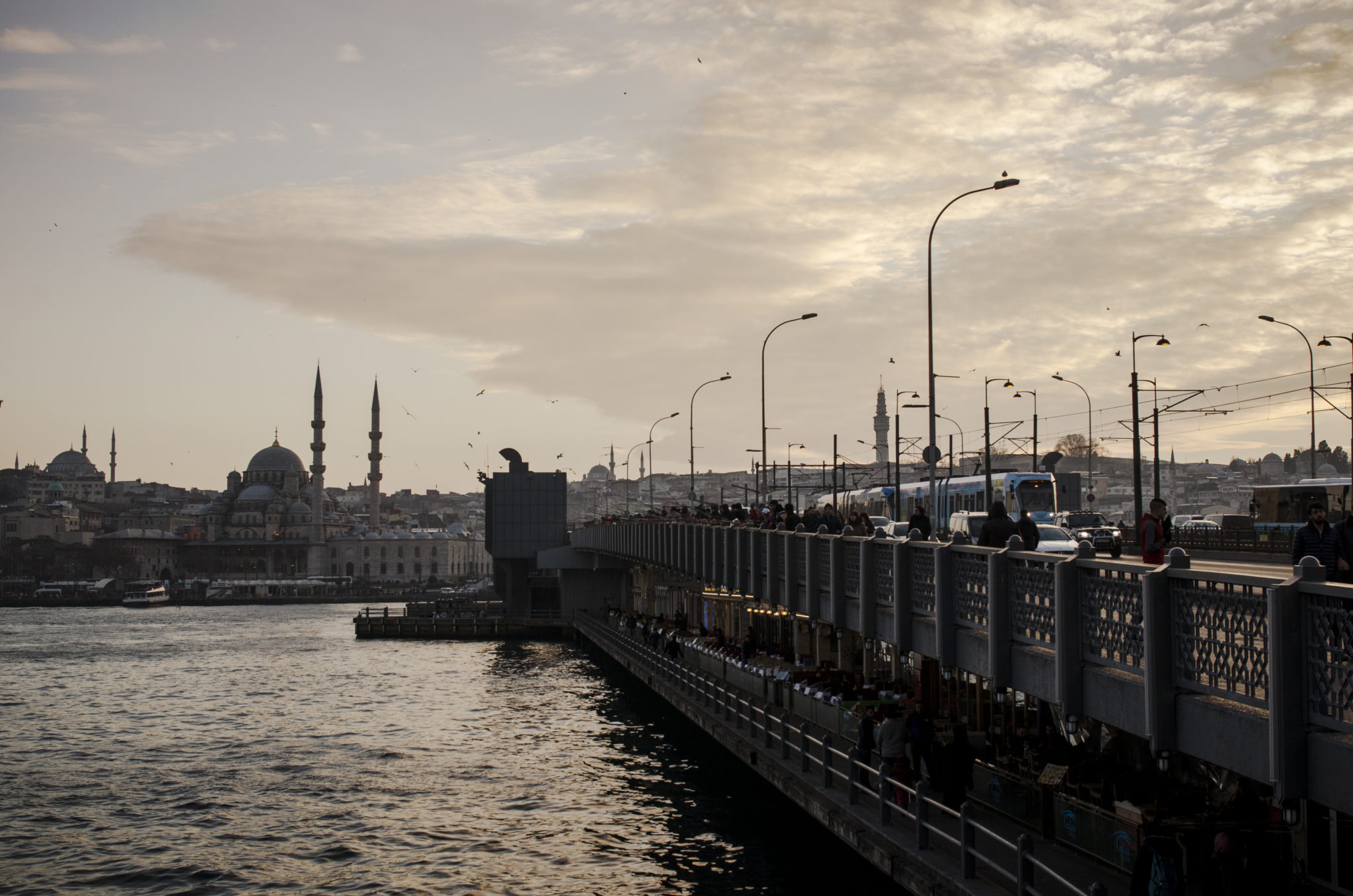 Things-to-do-in-Turkey-Galata-Bridge-Istanbul