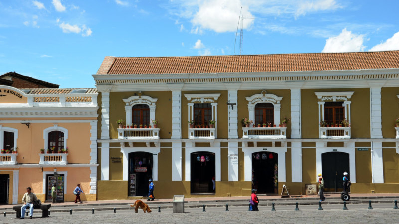 Things-to-see-in-Ecuador-Quito-Houses