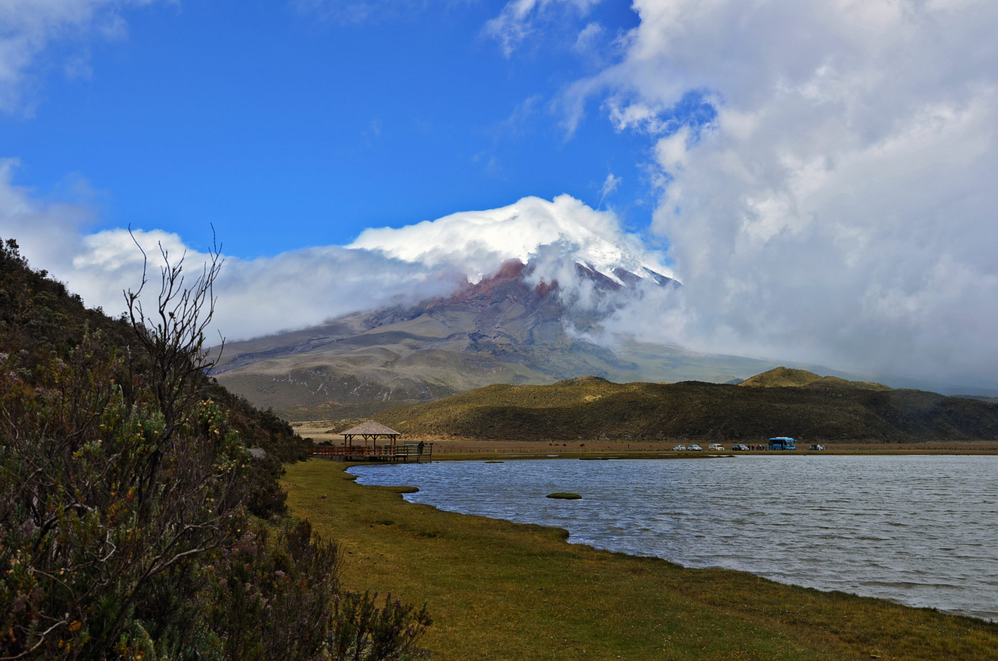 Things-to-see-in-Ecuador-volcano-Cotopaxi