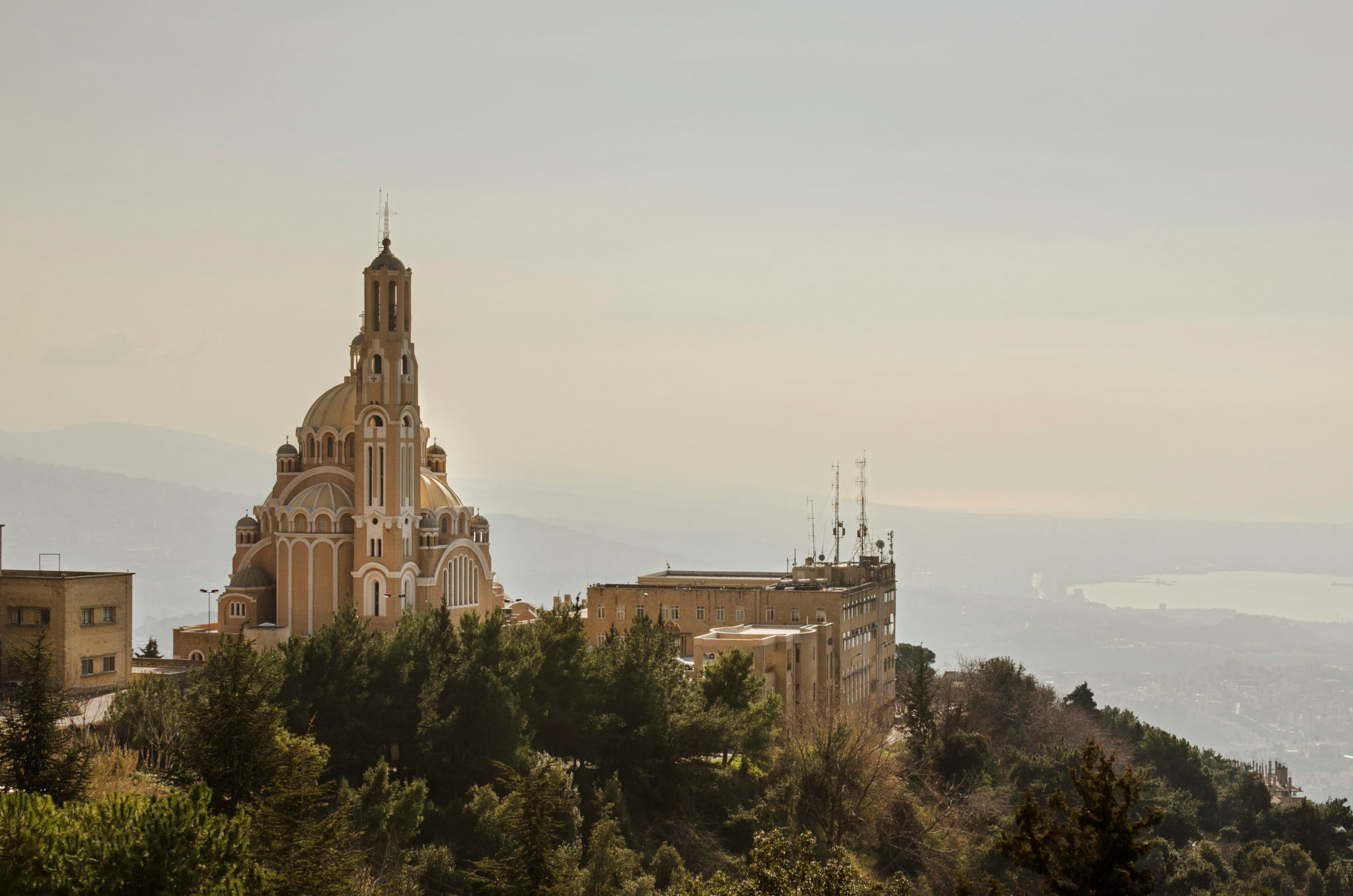 Things-to-do-in-Lebanon-Harissa-Church