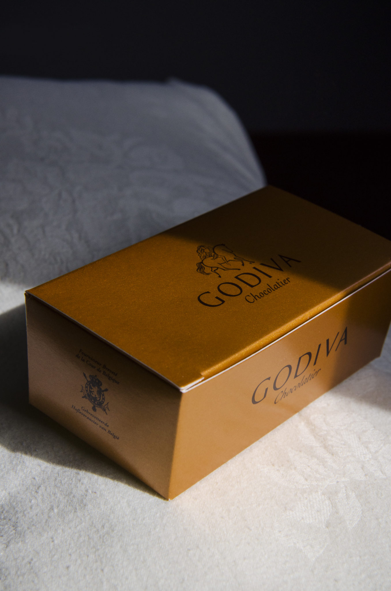 Hainan-Business-Class-Godiva-Chocolate