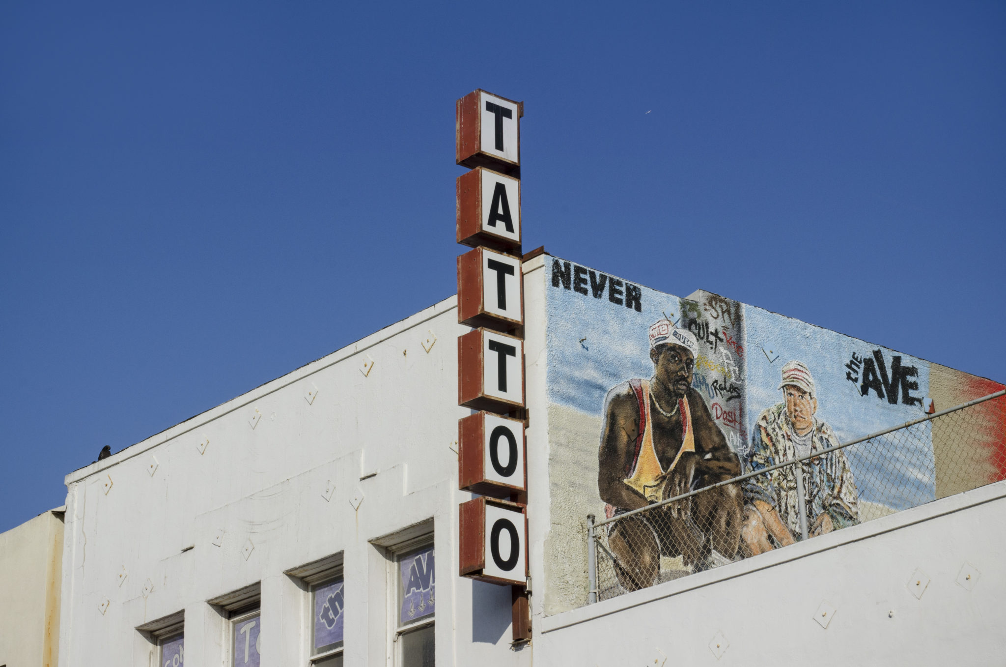 Venice-Beach-Boardwalk-Tattoostudio