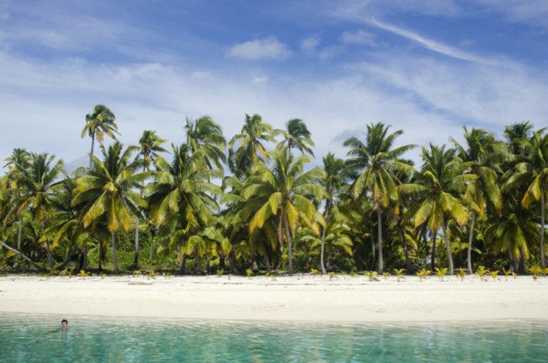 Cook Islands: Aki's living room