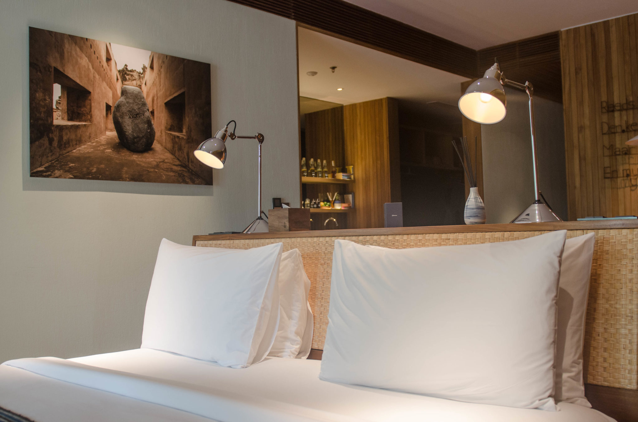 Katamama Hotel Bali: Wanna have your sleep, babe?